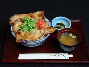 豚味噌丼大盛